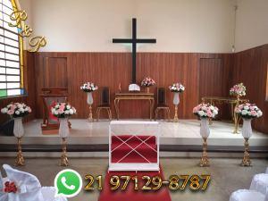 Arranjos de Flores para Igreja